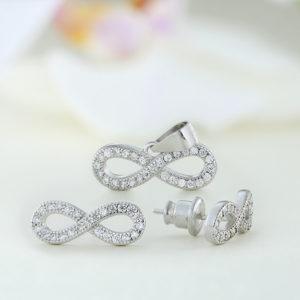 Set bijuterii argint cu pietre Infinit - ICS0051