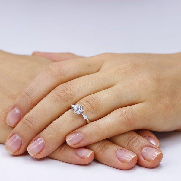 Inel de logodna argint cu 3 cristale Briliant & Marchiza TRSR025, Corelle