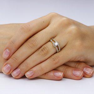 Inel de logodna argint Fancy cu cristale laterale/sant TRSR079, Corelle