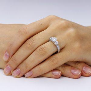 Inel de logodna argint White cu 3 cristale mari TRSR115, Corelle